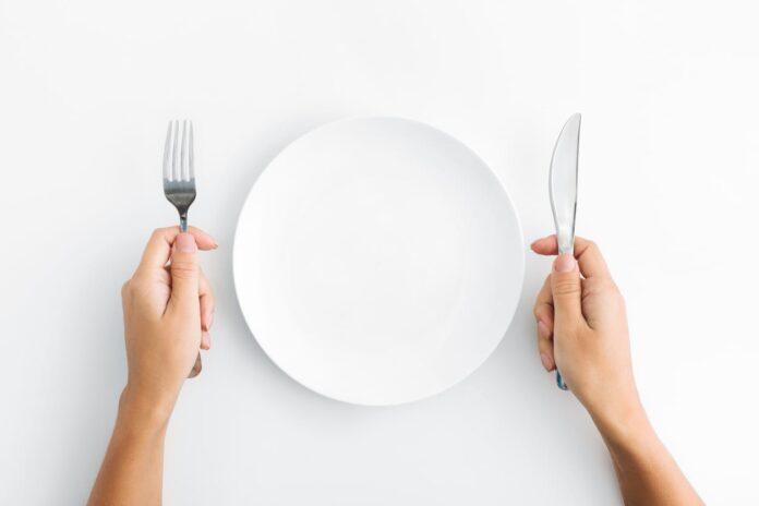 Dejar de Comer para Adelgazar