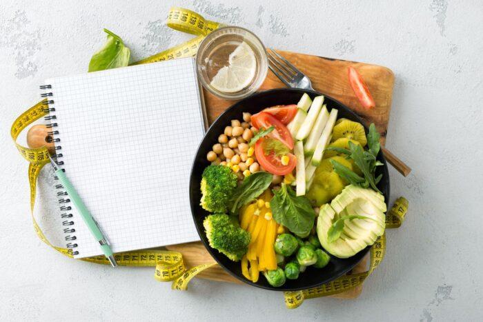 ¿Cómo Comer Bien o Adoptar una Buena Dieta?